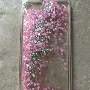 Accessories - iPhone 7 glitter hearts case